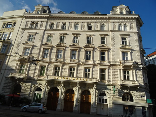 Wien, 9. Bezirk (the art of historical streets of Vienna), Porzellangasse/Servitengasse (Lohnerwerke)