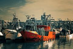 El pucar de juan pablo (mujik estepario) Tags: pentaxk5iis pentaxlife pentax pentaxart barcos mardelplata mar puerto smcpentaxdal50200mmf456