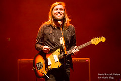 Band_of_Skulls_The_Wiltern_0015 ([ValCo]) Tags: bandofskulls concertphotography dv8 dv8concert gigphotographer kcrw lamusicblog lamb live losangeles mothers movingunits musicphotography thewiltern
