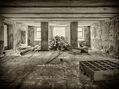 Sanat-A (39) (wilhelmthomas58) Tags: fz150 hdr sanatorium harz abandoned lostplaces