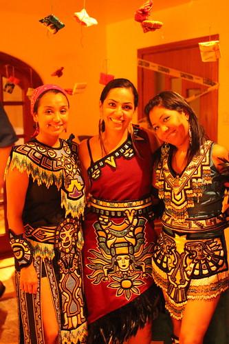 Danza Azteca Taxcayolotl dancers