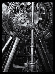 mechanism (Nathan Reading) Tags: bw industry birmingham engineering gear gears thinktank niksoftware silverefex
