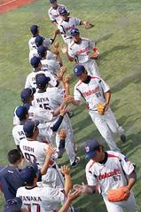 DSC04396 (shi.k) Tags: 横浜スタジアム 東京ヤクルトスワローズ 120608 イースタンリーグ ハイタッチ