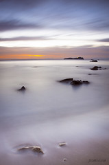 Quin sofrir.... (Joseeivissa 2.0) Tags: sea seascape beach sunrise landscape islands mar nikon long exposure mediterranean mediterraneo playa paisaje amanecer ibiza eivissa blancas aguas islas platja balearic aigues d90 pitiuses blanques illes pitiusas paisatje joseeivissafotosgmailcom