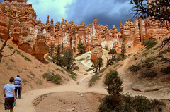 Bryce Canyon National Park Utah (Digisnapper (George)) Tags: utah nationalpark sandstone walks canyon bryce rockformations