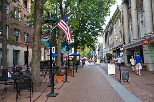 From flickr.com: Charlottesville, VA {MID-70859}