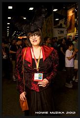 San Diego Comic-Con 2012 STEAMPUNK (Howie Muzika) Tags: ca costume sandiego cosplay sdcc pocketwizard strobist borderfx lumoprolp160 sandiegocomiccon2012 strobistbackpack