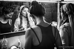 Getting ready (Feca Luca) Tags: street reportage portrait blackwhite indoor india woman dance danza donna people hindu himachalpradesh asia nikon mirror specchio