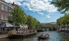 Leiden (bervaz) Tags: holland holanda leiden agua arquitectura water clouds carlzeiss carlzeisssonnart nubes netherland nederland sony slta99v sal2470z 2470mm 2470mmf28zassm variosonnart2470mmf28 terrazas