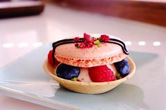 Macaron tartalette (Sampo Pekkalin) Tags: macrodesserts food delicious light summer pistachio blueberry raspberry helsinki macaron heleats patisserie dessert indoor tartalette