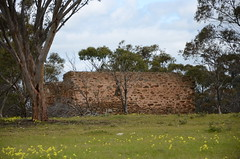 DSC_5667 ruined farmhouse, corner Thomas Crescent and Old Princes Highway, Monarto South, South Australia