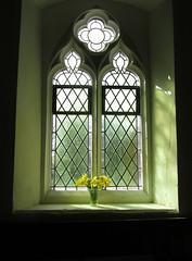 Daffodil fresh window (shaggy359) Tags: light window saint yellow spring sill mary panes diamond chruch daffodil vase saintmarys pane windowsill cambridgeshire stmarys brinkley cambs