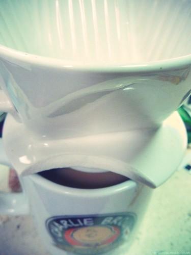 coffee。破掉的咖啡濾杯