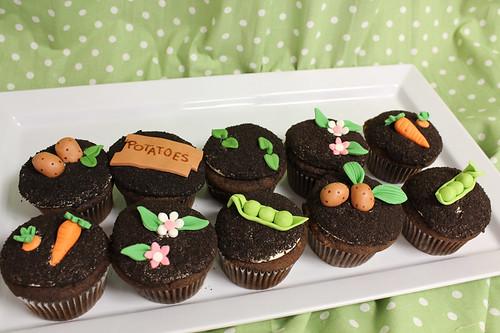 Garden Dirt cupcakes