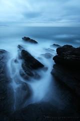 ! (Dario Cogliati) Tags: longexposure sea cold mare smoke magic atmosfera freddo magia fumo lungaesposizione imbrunire ipofisi
