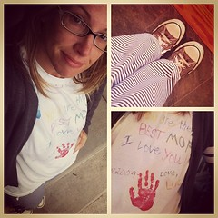Apparently, this Best Mom Ever (2009) wears this to take the boy child to the bus stop. #hotmess #nothotmess #pajamas #bestmomever
