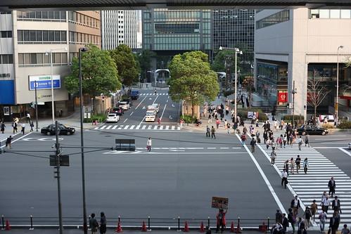 大阪駅前の風景