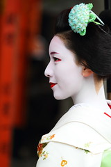 Profile (Teruhide Tomori) Tags: portrait japan lady kyoto traditional profile makeup event maiko   kimono gion