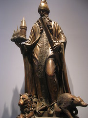 Architect of Hogwarts Statue 2 (khemmann) Tags: london harrypotter hogwarts unitedkingdon watfordjunction harrypotterstudiotour architectofhogwarts warnerbrothersstudiotourlondon