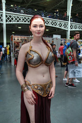 Showmasters London Comic Con 2016 XXX (Lee Nichols) Tags: showmasterslondoncomiccon2016 highdynamicrange hdr handheldhdr photomatix photoshop tonemapping tonemapped cosplayers canoneos600d cosplay costumes costume comiccon londonolympia showmasters starwars princessleia slaveleia