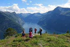 Hiking above the fjord. (Mrs.Snowman) Tags: trondhjemskepostveg hellesylt geirangerfjorden norway hike