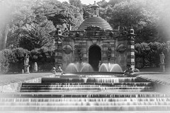 Cascade Fountain - vintage (manchesterblue59) Tags: chatsworth house nikon d810 sunny stately home