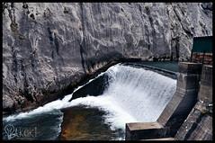 Agua de Valporquero (Makoki in Frame) Tags: water ro agua nikon roca corriente cascada cuevas d90 valporquero toro makokiproducciones