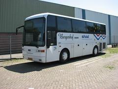 Bergerhof miditourbus Helmond NBr (Arthur-A) Tags: bus netherlands buses nederland autobus vanhool daf ehad helmond bussen bergerhof