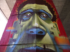 Coming together - close up (Fat Heat .hu) Tags: green graffiti 3d mural dof colorfull character afro cube fatheat