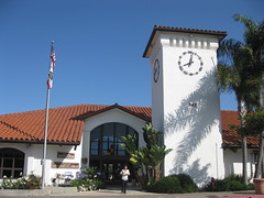 """San Clemente Library • <a style=""""font-size:0.8em;"""" href=""""http://www.flickr.com/photos/82112822@N00/7403125890/"""" target=""""_blank"""">View on Flickr</a>"""