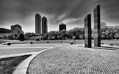 Veterans Park (James Pellowski) Tags: lakemichigan veteranspark canon1022 milwaukeelakefront canonxsi