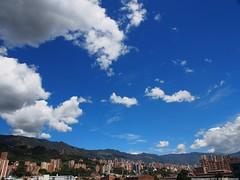 Medellin, Sur oriental (Ivan Mauricio Agudelo Velasquez) Tags: cloud mountain landscape edificios paisaje montaa could nube
