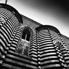 Orvieto (p1r0 (Ludovico Poggioli)) Tags: longexposure bw 50mm hasselblad umbria orvieto distagon 500cm 500x500 bsquare
