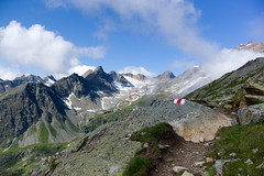 mountain path @ ltschenpass . switzerland (Toni_V) Tags: summer mountains alps schweiz switzerland europe dof suisse hiking rangefinder trail alpen wallis 2012 valais wanderweg ltschental summiluxm ltschenpass 35lux messsucher bergsommer torrenthorn toniv 120722 leicam9 majinghorn l1008181 restirothorn faldumrothorn