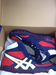 BNIB RWB agressors (PSUwrestler2017 (Wants OE Inflicts)) Tags: nike fungusamongus nikewrestlingshoes asicswrestlingshoes goldenlaces agressors fightshorts footsweeps kolatspeeds pennstatewrestling nikekolats kolat2k4s ogkolats goldlaces asicssissyagressors fungusamongussinglets brandnewkolatspeeds