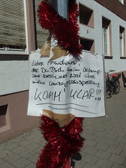 Umzugsabsperrung (mkorsakov) Tags: mnster city innenstadt flyer zettel umzug relocation wtf banderl schild sign handschrift handwriting