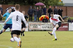 Jordan Shelvey fires in a low effort from 25 yards (Stevie Doogan) Tags: clydebank glasgow perthshire exsel group sectional league cup wednesday 10th august 2016 holm park