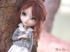 Sweet Isaline (Little Queen Gaou) Tags: pullip fc full custo custom doll groove beautiful sweet girl tree forest photography