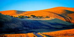 Morning walk  (T.ye) Tags: mountain sunset outside ourdoor layers landscape grass sky people shadow house orange california