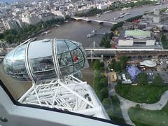 _2014_06_20_18_13_50 (Ricardo Jurczyk Pinheiro) Tags: charingcross inglaterra londonbridge londoneye londres riotmisa cabine estrutura inflvel ponte rio rodagigante trem riotmisa inflvel