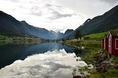 Fjords of Norway and the atlantic ocean (CLAUDIA COTA) Tags: noruega norway scandic fjords water ocean sea mountain photography claudiacota landscapes paisajes europ europa