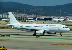YL-LCP Monarch Airbus A320 Barcelona Airport 13th August 2016 (_Illusion450_) Tags: bcn barcelona elprat 130816 barcelonaairport aeroportdebarcelona aviation avion aeroplane aeroport aeropuerto airport aircraft airplane airline airlines flughafen yllcp smartlynx monarch airbus a320 monarchairlines airbusa320 airbus320