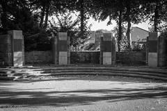 Cenotaph in Marienbaum (s.knellesen) Tags: cenotaph marienbaum xanten germany lowerrhine ehrenmal deutschland niederrhein war krieg