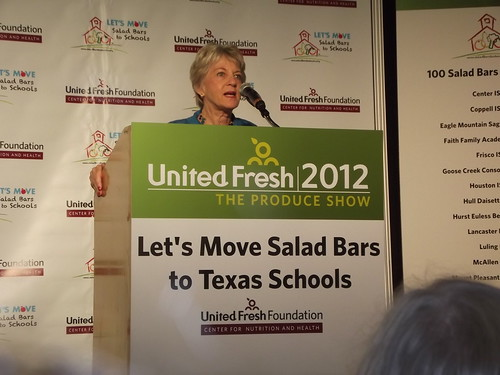 Let's Move Salad Bars to Texas Schools