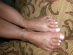 Anita001 (J.Saenz) Tags: sexy feet girl sex lady naked nude foot mujer women erotic toe legs porno eros sexo porn barefoot pies pedicure cleavage pieds p piedi footfetish pulsera gambe desnuda pedicura descalza fetichismo tobillo womenfeet podolatra pernas ancklett