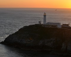 south stack anglesey (plot19) Tags: uk light sunset sea house wales island coast nikon britain holy anglesey southstack ynys lawd lighthousetrek oltusfotos plot19 angsleymay