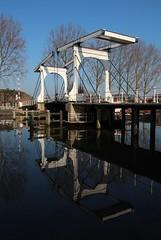 Ossenmarkt (zsnajorrah) Tags: reflection rural symmetry aquatic efs1785mm eos600d
