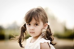 (Ebtesam.) Tags: sunlight white girl child outdoor 85mm saudi arabia pearl jeddah nikond7000 ebteasm