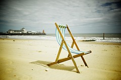 The Deck Chair (.mushi_king) Tags: beach zeiss coast seaside aperture nostalgia filter bournemouth zeiss35mmf2