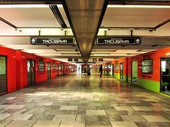 Estacion Pantitlan - Linea 9 (Cass_soul) Tags: 2 6 3 verde azul subway de mexico tren cuatro cafe df gente metro 5 4 7 9 ciudad dos estacion subterraneo cinco tres seis naranja federal marino amarilla linea siete roja transporte tacubaya publico distrito estaciones anden vagon chilango nueve anaranjada pantitlan interconexion transborde